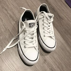 Converse all star shoes. White with black stripes